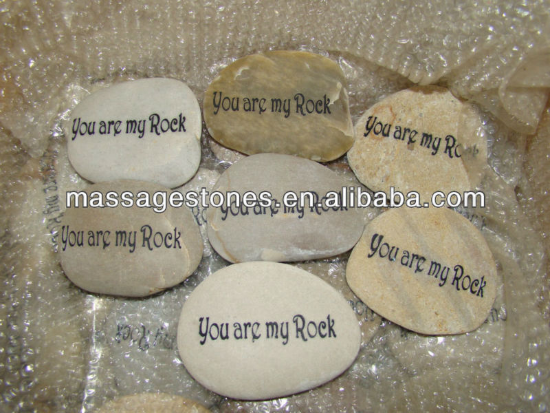 Natural Emerald Rough Stones Engraved Pocket Stones For Gifts