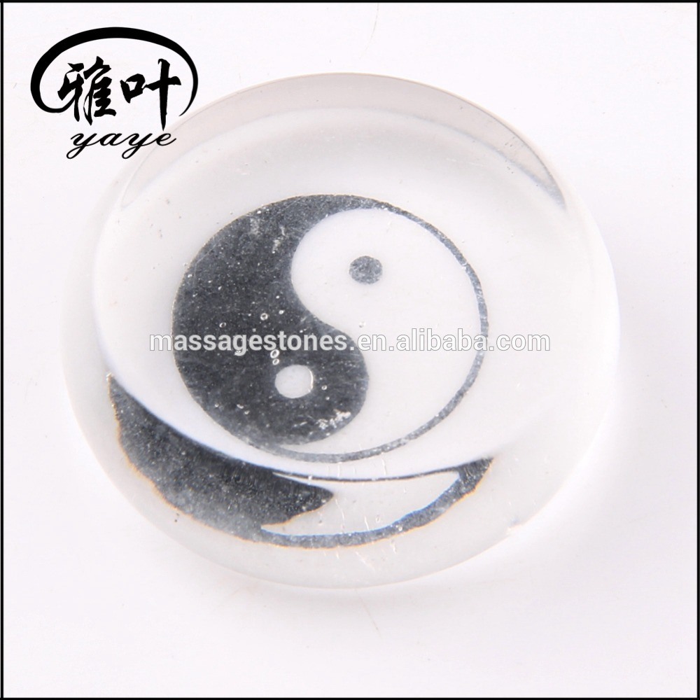 Wholesale Engraved Clear Quartz Chinese Bagua sign reike holistic healing stone slice