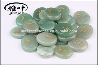 Wholesale Natural Green Aventurine Stone Gift Word Engraved Reiki Palm Stone Rune Palm Stones